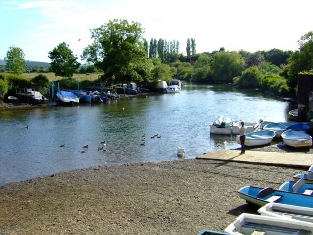 Fish communities of the River Frome - Nature Metrics Case Study